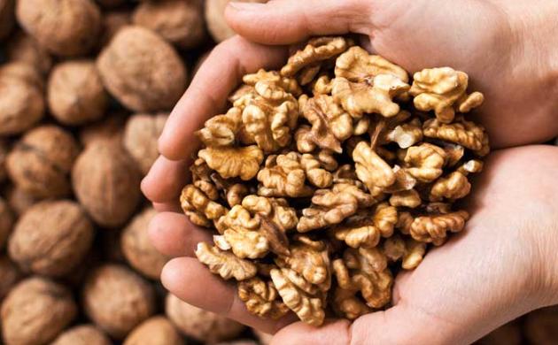 Ето какво ще се случи с тялото ви, ако консумирате шепа орехи всеки ден