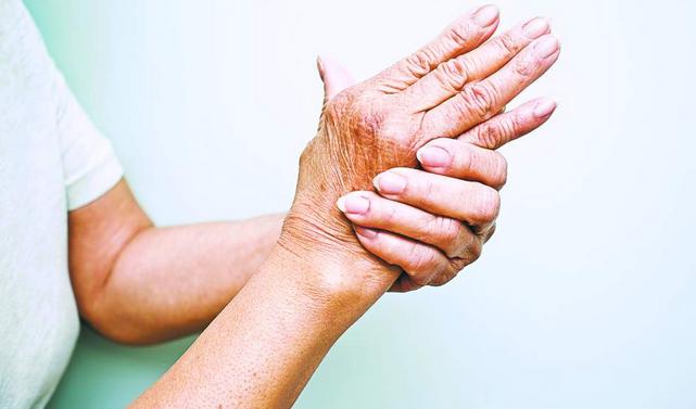 Откриха ключа към лечението на артрита