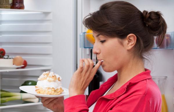 Кои дейности не бива да извършваме веднага след хранене