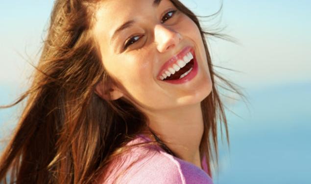 Продуктите, които успешно заместват четката за зъби